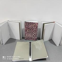 krea-notes-maculato-taccuino-tascabile-con-due-fascicoli-formato-87-x-145-mini-penna-inclusa