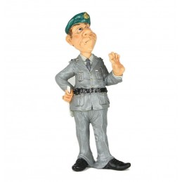 statuina-caricatura-guardia-di-finanza